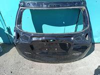 Крышку багажника rav4 рестайлинг 17 год оригинал за 185 000 тг. в Нур-Султан (Астана)
