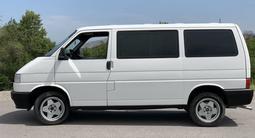 Volkswagen Multivan 1994 года за 2 800 000 тг. в Алматы – фото 5