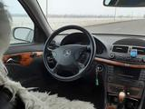 Mercedes-Benz E 270 2003 года за 3 300 000 тг. в Щучинск – фото 2