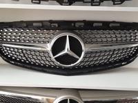 Решетка радиатора Mercedes w212 Diamond за 120 000 тг. в Алматы