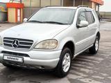 Mercedes-Benz ML 320 1999 года за 3 500 000 тг. в Алматы – фото 4