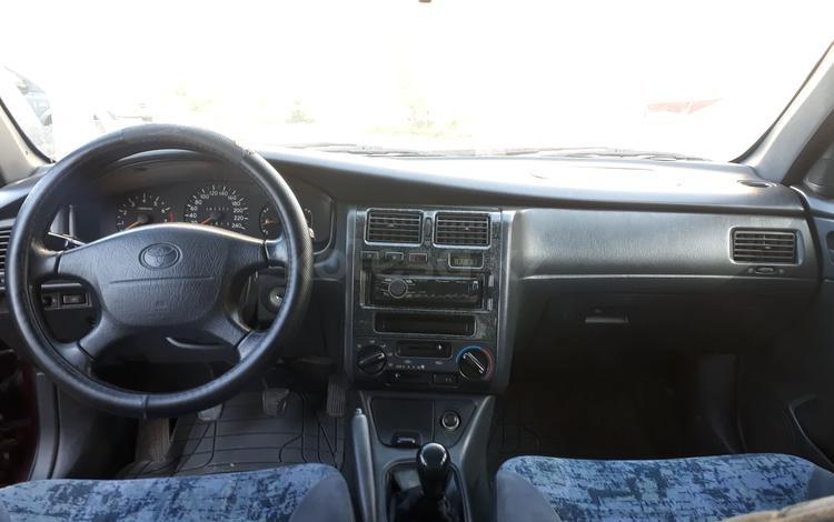 Toyota Carina E 1997 года за 2 200 000 тг. в Алматы