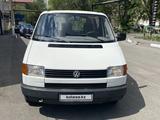 Volkswagen Transporter 1994 года за 1 900 000 тг. в Караганда