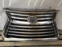 Lexus LX 570 Решетка радиатора целая Б/У Оригинал за 212 500 тг. в Нур-Султан (Астана)
