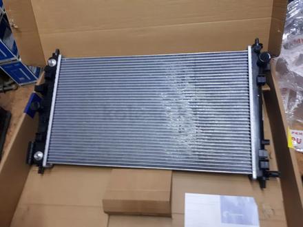 Радиатор охлождение на Шеврале Маливу 2.4 за 55 000 тг. в Алматы
