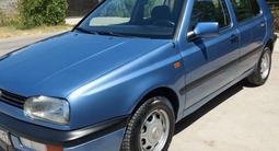 Volkswagen Golf 1993 года за 1 800 000 тг. в Шымкент