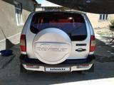 Chevrolet Niva 2006 года за 1 700 000 тг. в Шымкент – фото 4