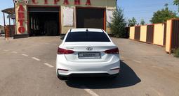 Hyundai Solaris 2018 года за 5 050 000 тг. в Петропавловск – фото 5
