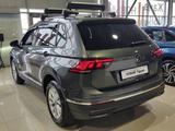 Volkswagen Tiguan Respect 2021 года за 10 911 000 тг. в Алматы – фото 2