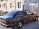Mercedes-Benz E 230 1991 года за 990 000 тг. в Жалагаш – фото 3