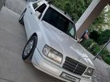 Mercedes-Benz E 200 1994 года за 1 600 000 тг. в Алматы