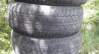 Шины б/у 265/65 r17 Dunlop Grandtrek Данлоп за 35 000 тг. в Караганда