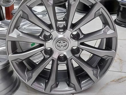 R17. Toyota Land Cruiser Prado за 175 000 тг. в Алматы