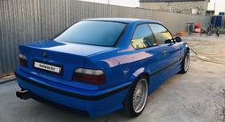 BMW 328 1996 года за 2 000 000 тг. в Атырау – фото 3