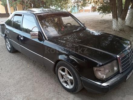 Mercedes-Benz CE 230 1991 года за 850 000 тг. в Кызылорда – фото 2