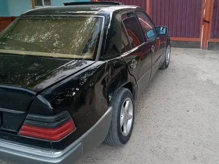 Mercedes-Benz CE 230 1991 года за 850 000 тг. в Кызылорда – фото 4