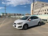 Chevrolet Aveo 2014 года за 3 550 000 тг. в Атырау – фото 4