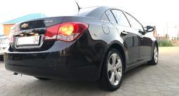 Chevrolet Cruze 2012 года за 3 950 000 тг. в Актобе – фото 4