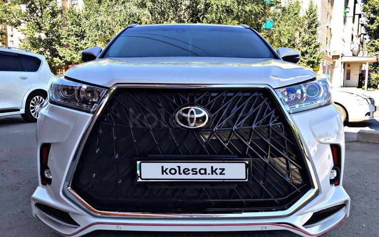 Toyota Highlander 2014 года за 17 500 000 тг. в Уральск