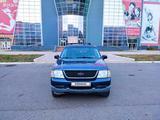 Ford Explorer 2002 года за 2 650 000 тг. в Уральск – фото 2