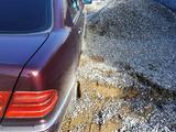 Mercedes-Benz E 220 1995 года за 2 200 000 тг. в Шымкент – фото 5