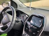 Chevrolet Spark 2017 года за 3 850 000 тг. в Актау – фото 3