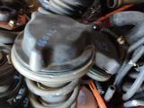 Стойки (амортизаторы) в сборе. Lexus GS300, jzs160 за 65 000 тг. в Нур-Султан (Астана) – фото 2