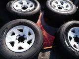 Комплект колес с дисками на Митсубиси Монтеро Спорт за 155 000 тг. в Алматы – фото 2
