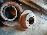 Суппорт с дисками задние за 15 000 тг. в Актобе – фото 2
