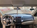 Mitsubishi Outlander 2008 года за 5 450 000 тг. в Семей – фото 5