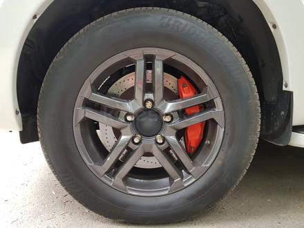 Шины Bridgestone Alenza 001 летняя 4шт за 290 000 тг. в Алматы – фото 5