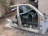 Стойка кузова правая Тойота 4runner 215 за 80 000 тг. в Алматы