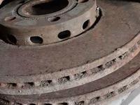 Тормозные диски за 4 000 тг. в Караганда