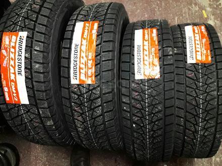 Зимние новые шины Bridgestone/DMV-3 за 375 000 тг. в Алматы