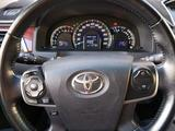 Toyota Camry 2014 года за 9 000 000 тг. в Жанаозен – фото 5