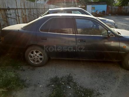 Toyota Camry 1995 года за 1 000 000 тг. в Алматы – фото 4