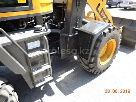 XCMG  продам фронтальный погрузчик 1,2куб 2,5тон двигатель 76kw/105лс рез16/70/20 2019 года за 6 700 000 тг. в Тараз – фото 62