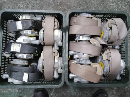 Оригинальные ремни безопасности на Toyota RAV 4 за 12 000 тг. в Алматы – фото 4