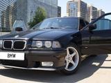 BMW 320 1993 года за 3 300 000 тг. в Алматы – фото 3