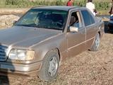 Mercedes-Benz E 260 1986 года за 600 000 тг. в Шымкент – фото 2