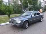 Mercedes-Benz E 220 1992 года за 1 150 000 тг. в Петропавловск