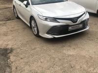 Toyota Camry 2018 года за 13 500 000 тг. в Актау