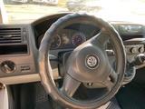 Volkswagen Transporter 2011 года за 6 600 000 тг. в Аксай – фото 2