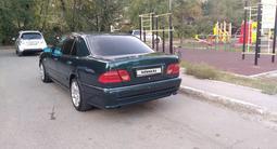 Mercedes-Benz E 230 1997 года за 2 450 000 тг. в Алматы – фото 2