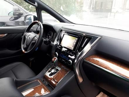 Toyota Alphard 2017 года за 32 900 000 тг. в Алматы – фото 92