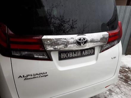 Toyota Alphard 2017 года за 32 900 000 тг. в Алматы – фото 4