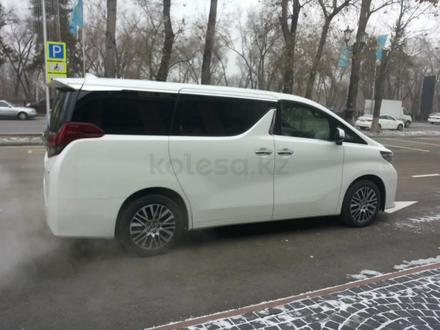 Toyota Alphard 2017 года за 32 900 000 тг. в Алматы – фото 7