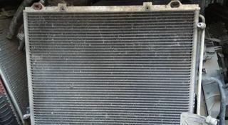 Радиатор кондиционера Мерседес е280 2.0 — 2.8 за 15 000 тг. в Алматы
