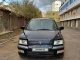 Mitsubishi Space Wagon 2001 года за 2 950 000 тг. в Нур-Султан (Астана) – фото 4