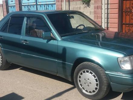 Mercedes-Benz E 230 1989 года за 1 050 000 тг. в Алматы